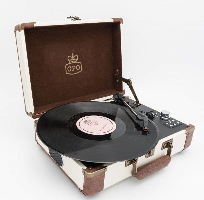 20740700d GPO Retro Ambassador béžový gramofón | Nay.sk