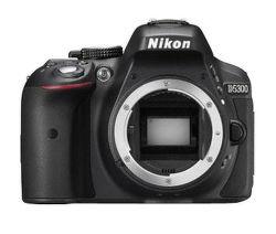 Nikon D5300 (čierny))