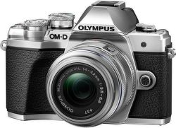 Olympus E-M10III Kit strieborný