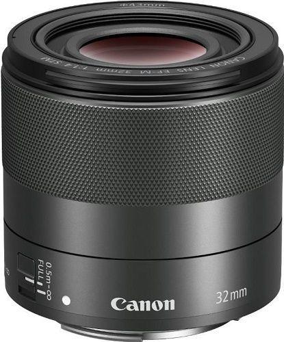 Canon 32 mm EF-M f/1.4 STMCanon EF-M 32 mm f/1.4 STM