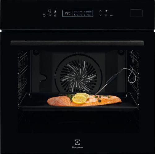 Electrolux 800 PRO SteamBoost EOB8S31Z, čierna vstavaná parná rúra