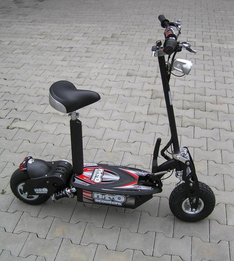 nitro scooters xe1000 lifepo4 kolobe ka. Black Bedroom Furniture Sets. Home Design Ideas