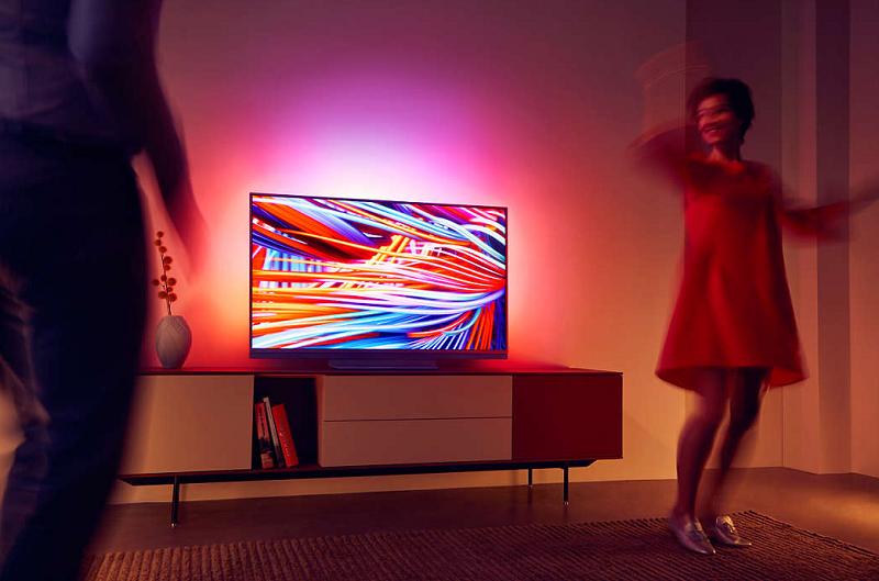 a08d980bd ... dynamickým rozsahom (HDR) na svojom televízore a zároveň žasnúť nad  čistým a detailným rozlíšením televízora Philips s vysoko kontrastným  obrazom.