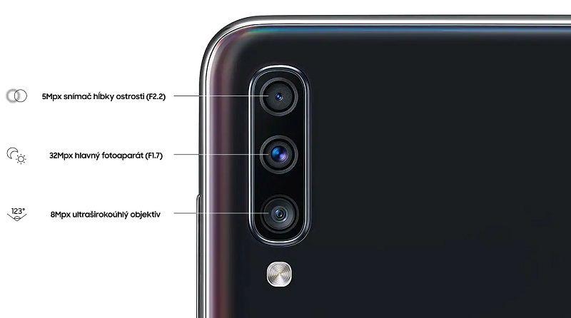 d72798c32 Podporovať ho pritom bude 32 Mpx hlavný fotoaparát s vynikajúcou  svetelnosťou f/1,7, ktorý vnesie do záberov dostatok jasu i ostré detaily.