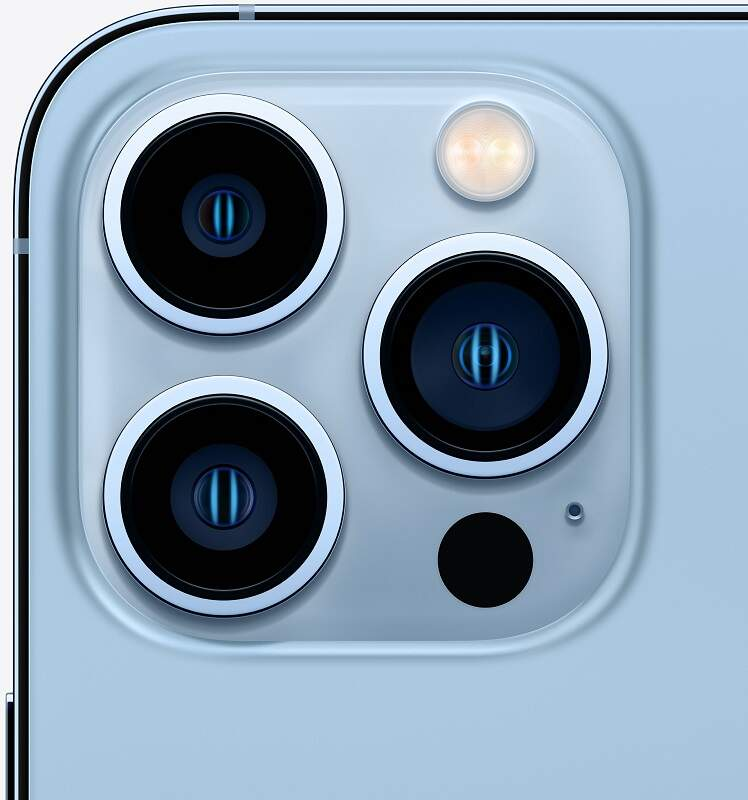 iPhone 13 Pro Sierra Blue detail
