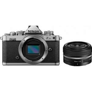 nikon-z-fc-nikkor-z-28-mm-se-set-bezzrkadlovka-objektiv