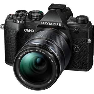 Olympus E-M5 Mark III + 14-150 mm EZ čierna